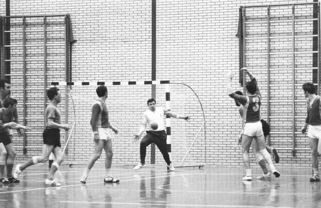 1968 Handbal Openings wedstrijd Neerbosch-Oost