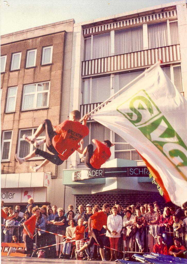 1995 Salto's met VGZ en Hazenkampvlaggen